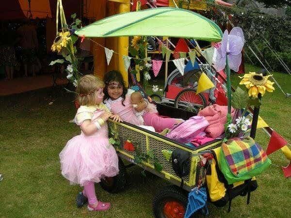 perfect kids festival trolley